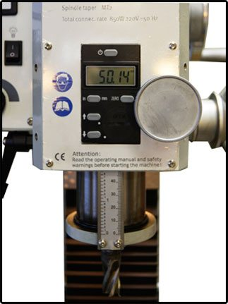 Максимальный ход пиноли – 50 мм.